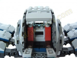 Lego 75013 Umbaran MHC (Mobile Heavy Cannon) - Rear Cockpit